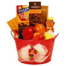 rosh hashanah gifts buy rosh hashanah gift baskets treats