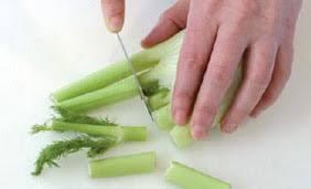 cuisiner les fenouils préparer un fenouil gestes simples interfel les fruits et