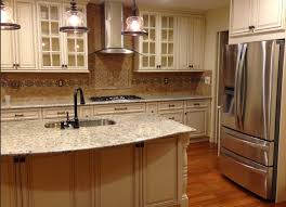 accent your backsplash with a beautiful listello or deco above the