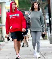 justin bieber and selena gomez are officially back together how