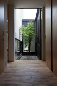 l shaped towhnome courtyards 26 best courtyard images on pinterest architecture landscaping