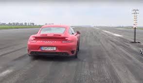 porsche 911 launch launch battle 780 hp porsche 911 turbo s vs 800 hp nissan