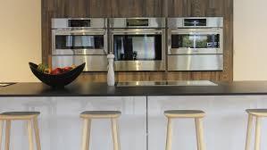 showroom cuisine schaller designers installs a santos kitchen with an island in la