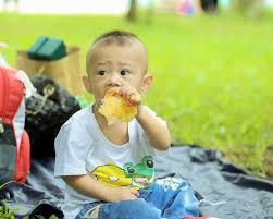 bimbo 13 mesi alimentazione alimentazione dei bambini 13 consigli per i piccoli fino a 3 anni