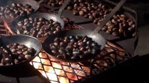 comment cuisiner les chataignes chataignes grillées au feu de bois la cité médiévale de provins