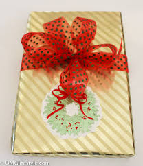 recycle christmas cards into pretty gift tags