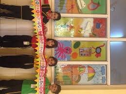 nursery kids of tsms noida explore the arts and crafts in their