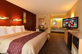 Comfort Inn Cleveland Airport Red Roof Inn Cleveland Airport Middleburg Heights 2017 Room