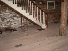 Do Dogs Scratch Laminate Floors Wood Floors Or Laminate The Gear Page