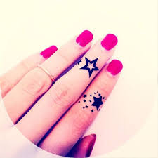 23 stars tattoos designs for your fingers