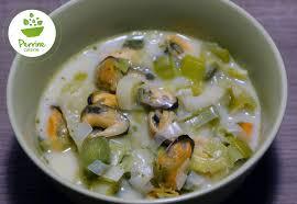poireaux cuisine soupe aux moules et aux poireaux perrine cuisine