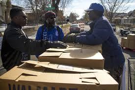 volunteering in denver your season outlets for deeds