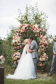 wedding arches rental toronto wedding decor toronto a clingen wedding event design