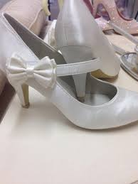 vintage style wedding shoes vintage style satin wedding shoes with side bow on velcro