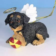 figurine dachshund ornament