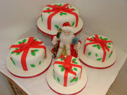 Christmas Cake Decoration Ideas Uk Classes The Papercup Kitchen