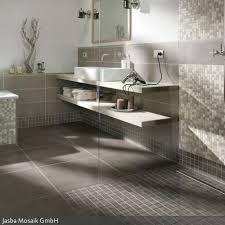 schöner wohnen badezimmer fliesen die besten 25 verlegung fliesen ideen auf