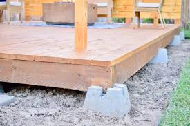 amphitheater style patio deck a guide on how to build on yourself