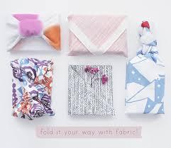 gos eco friendly christmas gift wrap ideas fabric wrap