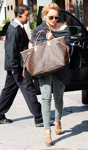 lv black friday sale hillary duff carrying the neverfull gm louis vuitton pinterest