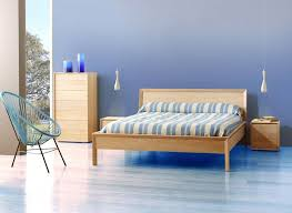 chambre en chene massif lit en bois massif contemporain brin d ouest