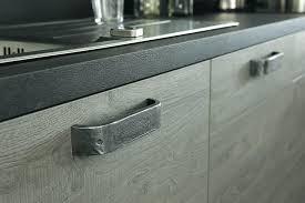 poignee porte cuisine design poignace meuble cuisine design bouton