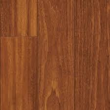 Pergo Wood Flooring Pergo Xp Peruvian Mahogany Laminate Flooring 5 In X 7 In Take