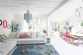 Bright Color Home Decor by White Rooms With Bright Pops Of Colors Lushlee