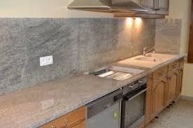 cuisine marbre blanc granit pour plan de travail awesome plan de travail en marbre blanc