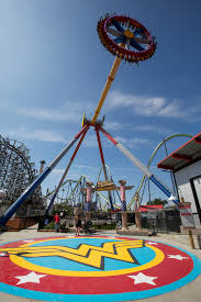 Vallejo Ca Six Flags Power Packed New Pendulum Ride Wonder Woman Lasso Of Truth Opens