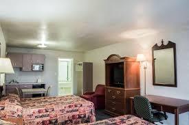 Comfort Inn Dunedin Rodeway Inn Hotels In Dunedin Fl By Choice Hotels