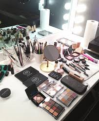 how much is a makeup artist kandeej make up monday a make up artist secret brand
