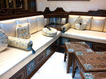 arabisches sofa arabisches sofa stock fotos melden sie sich kostenlos an
