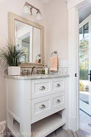 small bathroom mirror ideas best 25 small bathroom mirrors ideas on bathroom