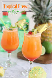 tropical breeze party punch for the bachelor with 7up liz on call