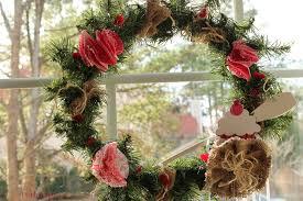 turn a christmas wreath into a valentines wreath debbiedoo u0027s