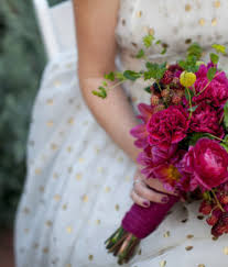 How To Make Wedding Bouquets Wedding Flowers A Practical Wedding A Practical Wedding We U0027re