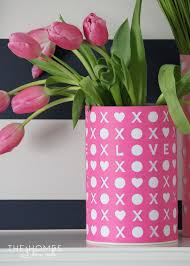 Simple Vase Centerpieces 10 Simple U0026 Sweet Valentine U0027s Day Centerpieces Thegoodstuff