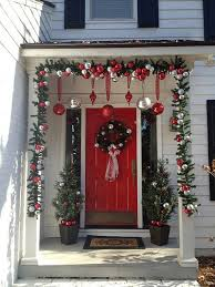 Outdoor Christmas Decorations Discount by Attractive Exterior Christmas Wreaths Modern At Dining Table