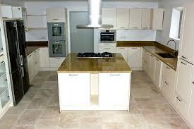 travail en cuisine plans de travail de cuisine marbrerie bonaldi