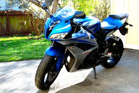 cbr bike pic file blue 2007 honda cbr600rr left front jpg wikimedia commons