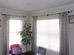 Properly Hanging Curtains Renter Friendly Way Of Hanging Curtains Without Drilling Holes
