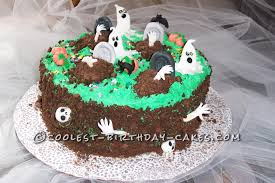 homemade halloween cake coolest homemade graveyard cakes