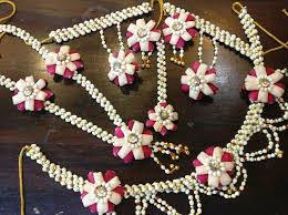 flower jewellery where to get the prettiest floral jewellery in delhi shaadisaga