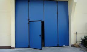 porte per capannoni portoni industriali a libro per capannoni apostoli daniele