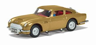 old aston martin james bond cc04204g james bond aston martin db5 in gold goldfinger 50th