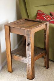 Coffee Table Out Of Pallets by Diy Pallet Side Table Pallet Side Table Diy Recycle And Pallets
