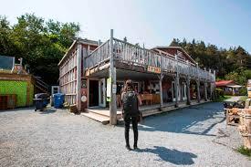 shack hi ste anne des monts sea shack hi canada hostels