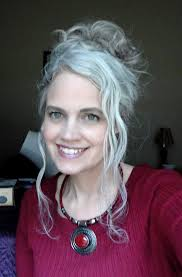 hairstyles for thick grey wavy hair robin lovely younger chic with beautiful silver hair silver