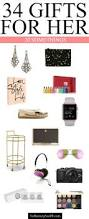 holiday gift guide gifts for 20 somethings easy gifts aunt and